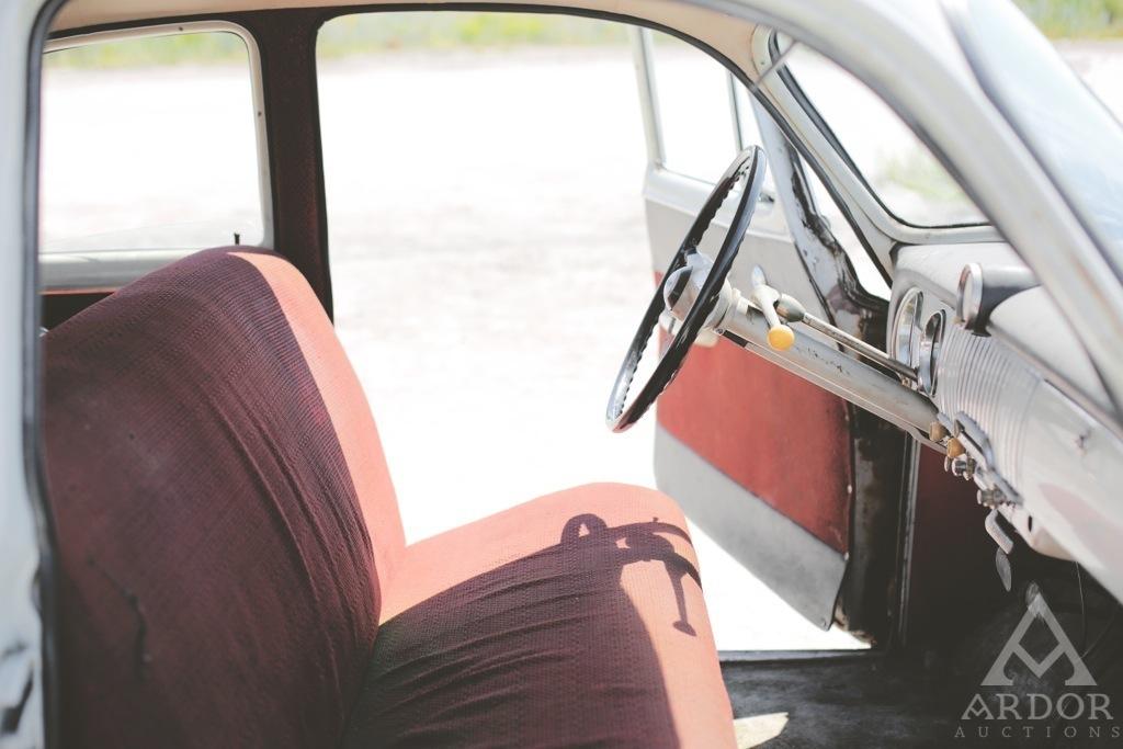 Chevrolet Deluxe Sedan 1952 – odnaleziony po latach.